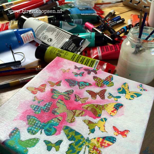 Butterfly_canvas_-_last_layer_painting